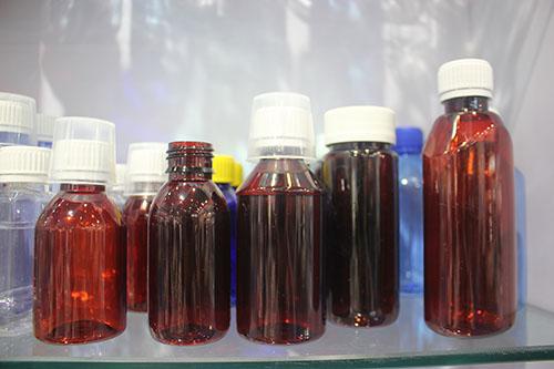 """丁列明小实验室破局路 贝达药业如何""""十年磨了一?!?/></a>             <p>记者问丁列明如果用一个关键词来形容贝达药业,他称:""""那就<a href="""